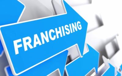 Ex-franchisenemer veroordeeld tot schadevergoeding op te maken bij staat